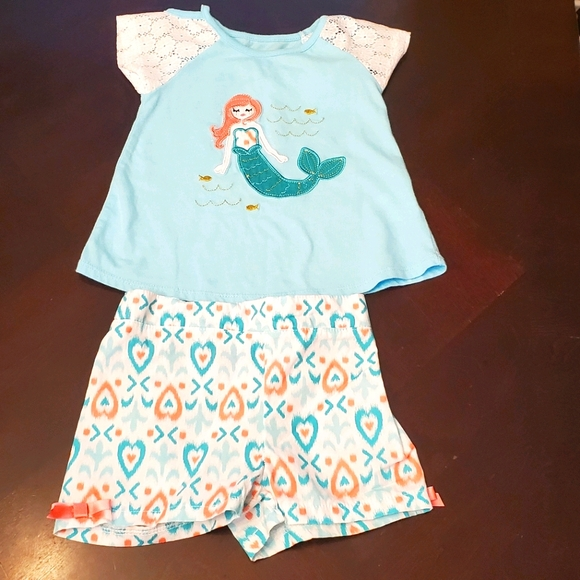 Toddler Girls Mermaid shorts Set Size 2T